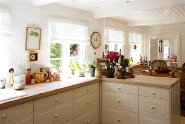 Classical Kitchen Decor