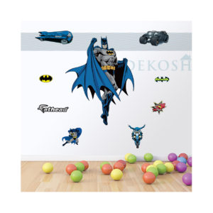 batman-stickers-on-wall-e